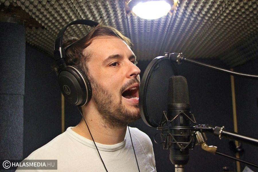 Stúdióba vonult a karaokegyőztes