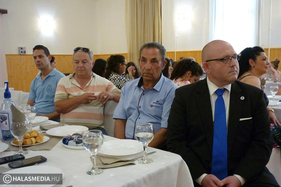 A jegyzők ismerkedtek a szociális segítő programmal
