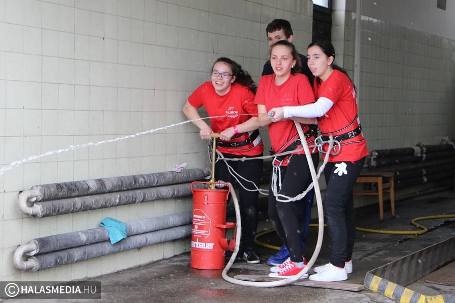 Halasi sikerek a katasztrófavédelmi versenyen (galéria)