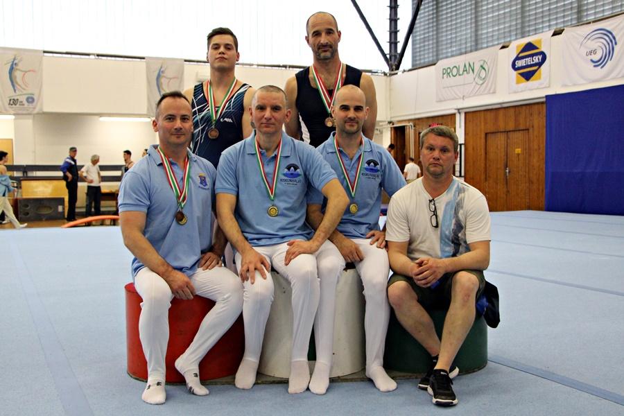 Vidékbajnokságot nyertek az öregfiúk (galéria)