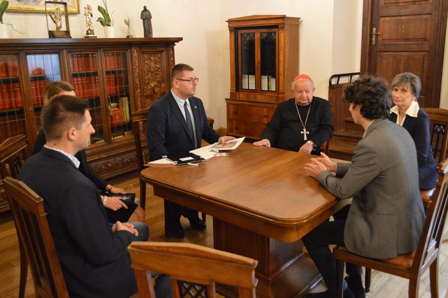 II. János Pál pápa vérereklyéje kerül Kiskunhalasra