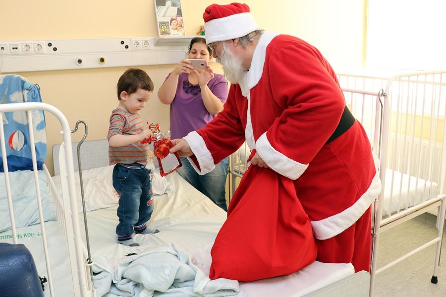 Meglepték a kórház gyermekosztályát