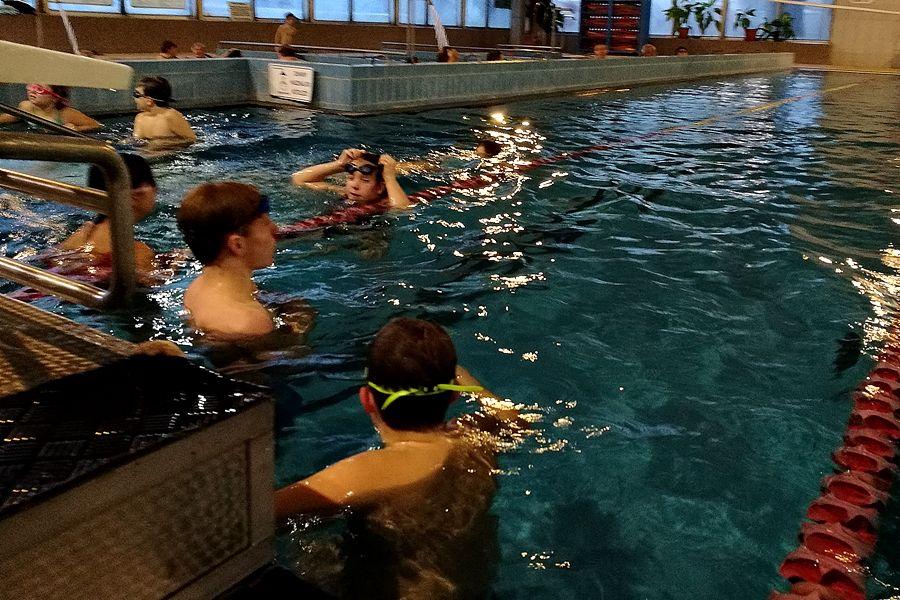 Úszóversennyel zárták az évet