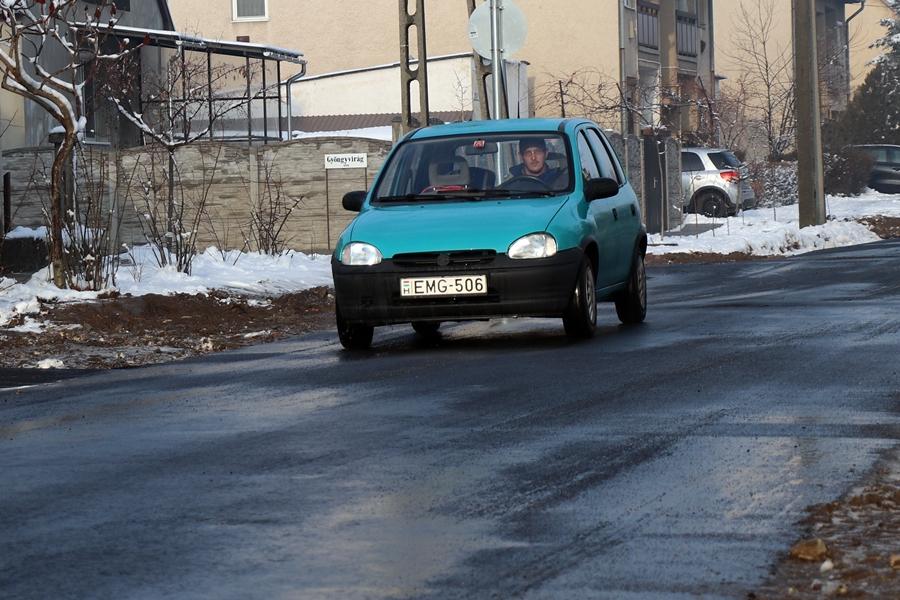 Már használható a Gárdonyi utcai út (galéria)