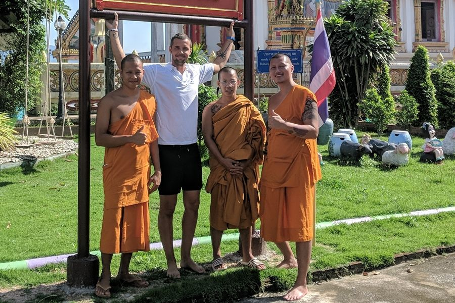 Tamás másfél hónapja Ázsiában
