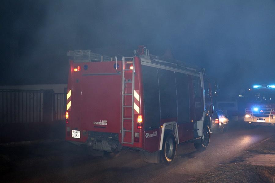 Kéménytűz: kollégánk riasztotta a tűzoltókat