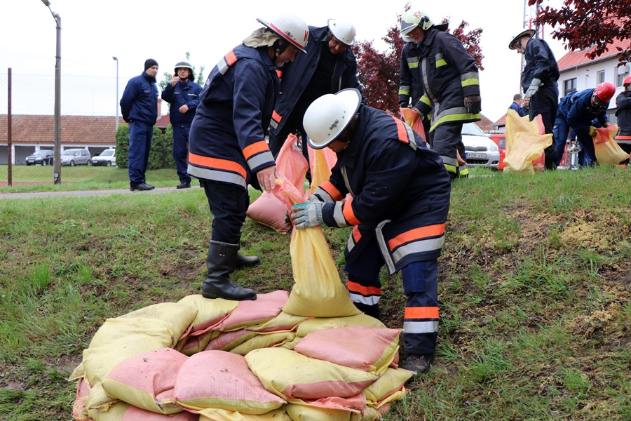 Tüzes Kunok: újraminősítő gyakorlaton bizonyítottak (galéria)