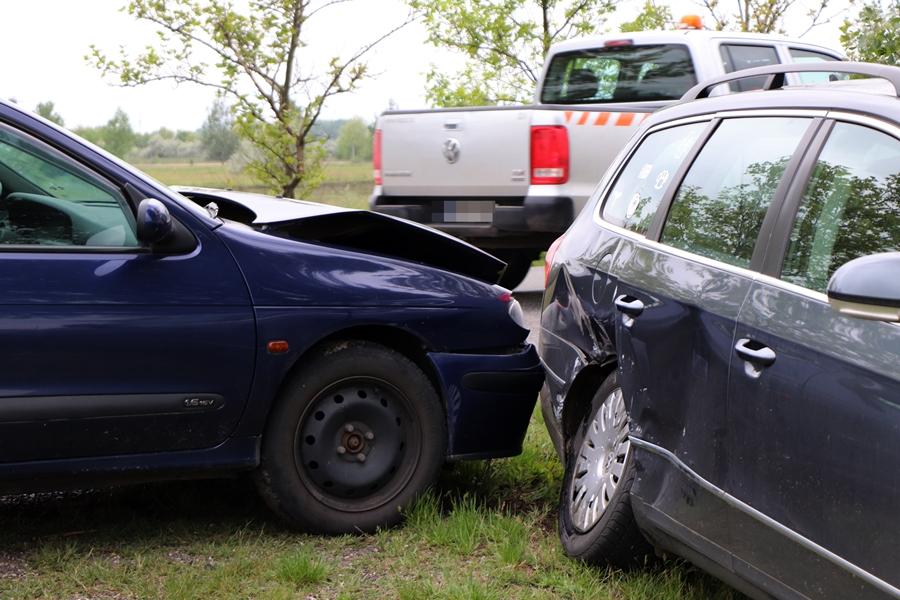 Renault és VW karambolja Kiskunhalas közelében