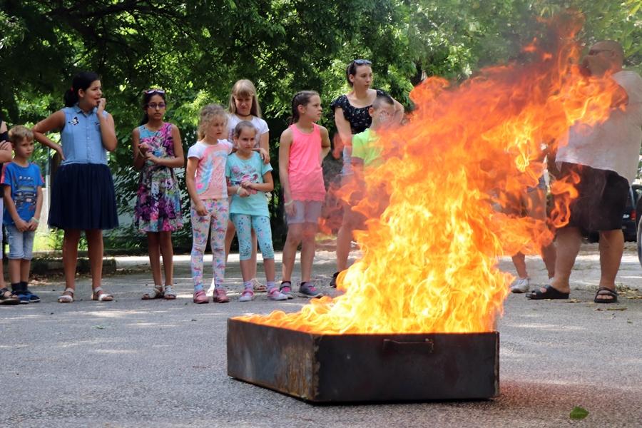 Tüzet is oltottak a gyerekek az Egészségfejlesztési Táborban (galéria)