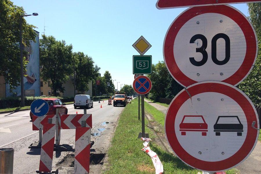 Jövő héten folytatódik az 53-as főút felújítása