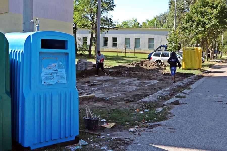Zárt hulladéktárolók épülnek az Esze Tamás lakótelepen