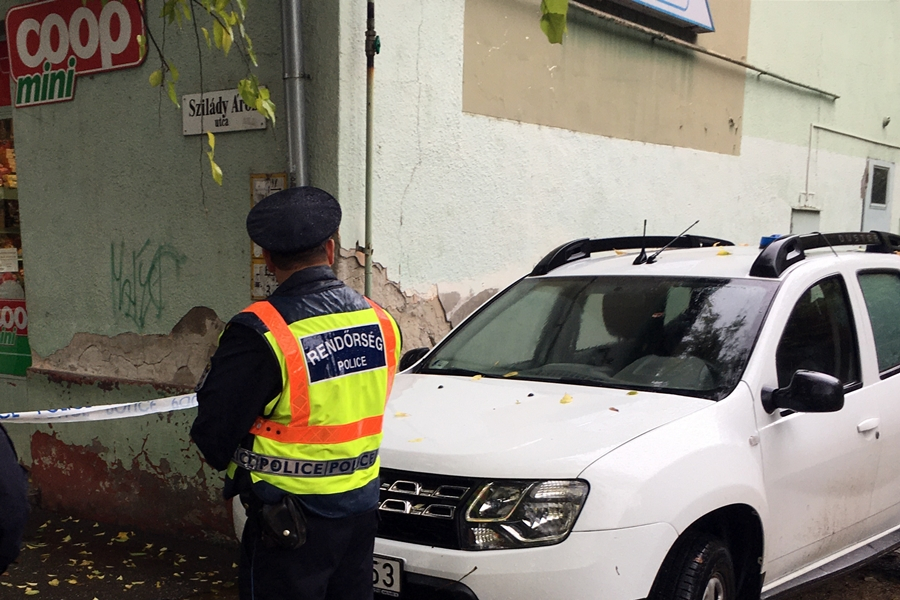 16 éves fiú rabolt a Szilády Áron utcai kisboltban