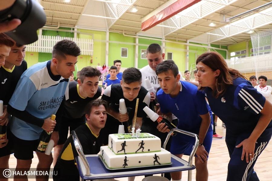 Sport az Esélyért: születésnapi focigála volt (galéria)