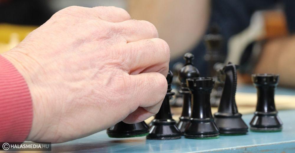 Újévi sakk, Szécsényi Mihály emlékére