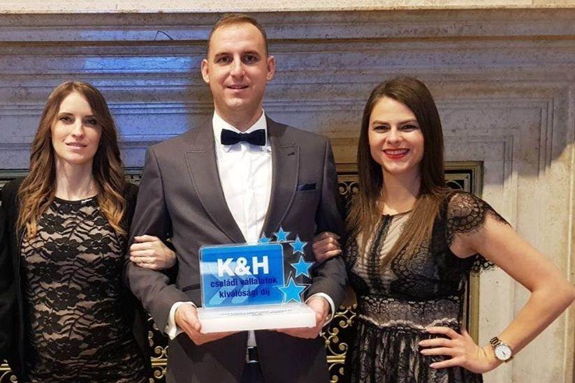 Rangos elismerést kapott a LADÓ-REC Kft.