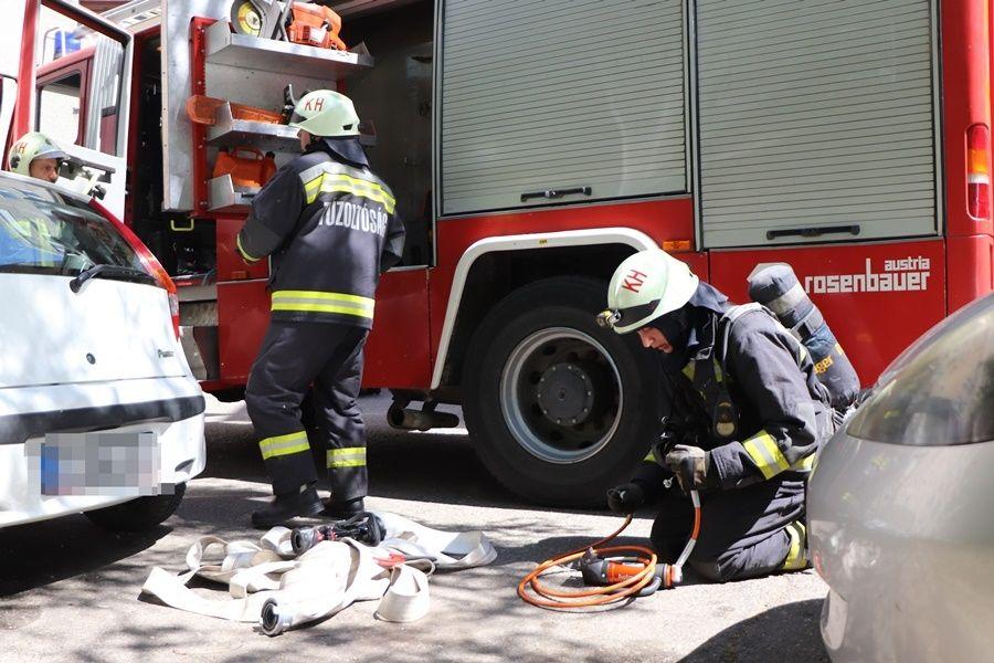 Ha kell, tűzbe is mennek értünk a halasi tűzoltók