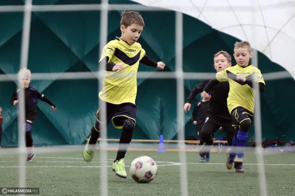 Kicsik nagy focija a Szilády-KIE-Püspöki Kupán (galéria)