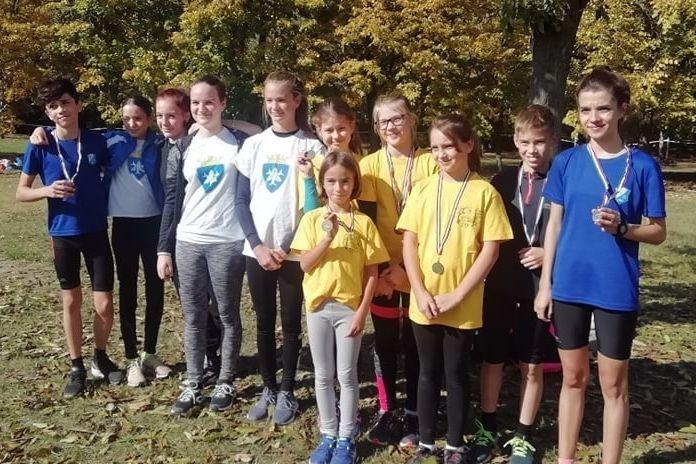 Remekeltek a halasi atléták a megyei diákolimpián
