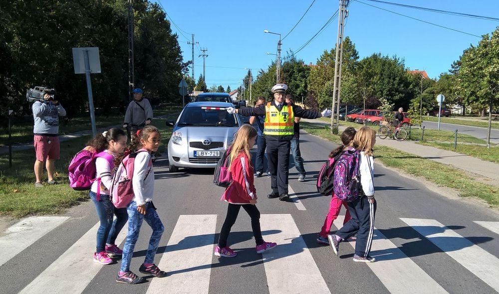 Közlekedési tanácsok gyerekeknek