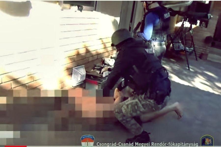 (►) Halasiak, majsaiak is buktak a drogterjesztő banda elfogásakor