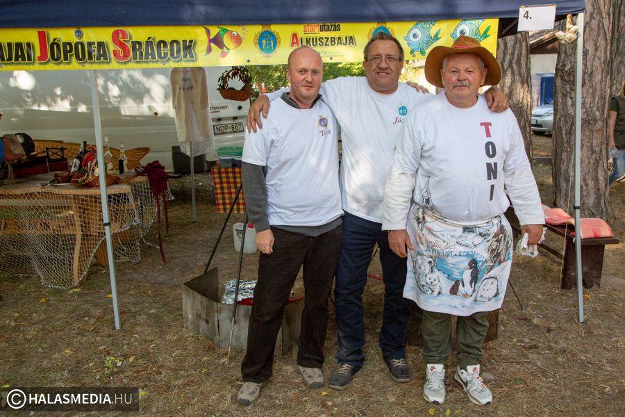 Tóni és barátai győztek a Burgonyás Ételek Főzőversenyén (galéria)