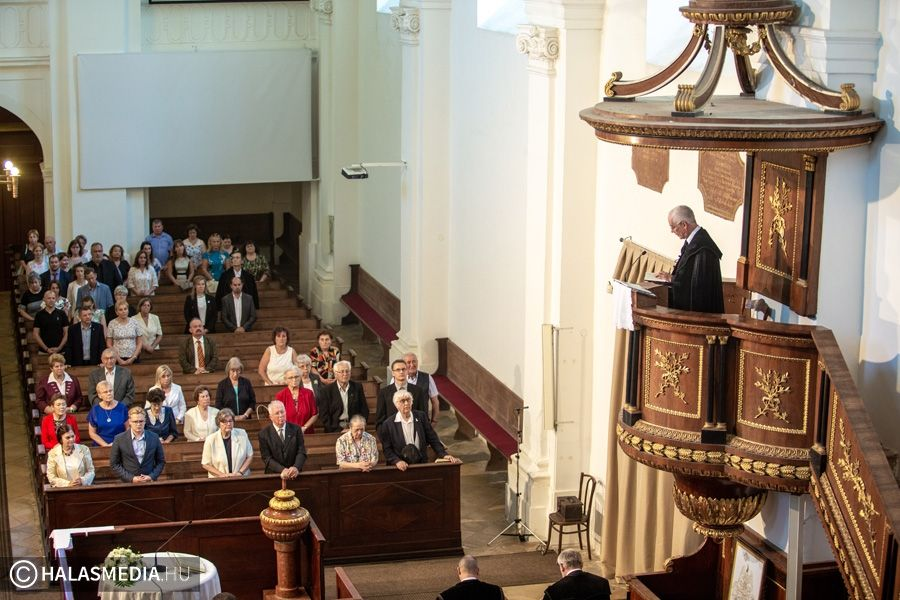 Hálaadó istentisztelet a felújított orgonáért (galéria)