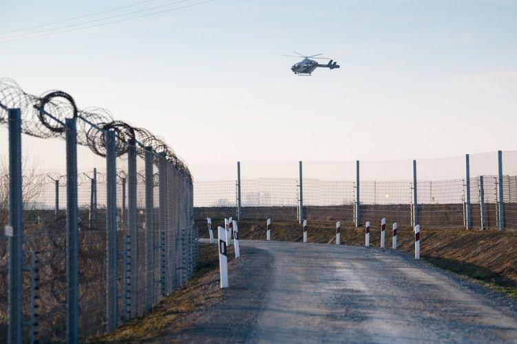 Ma reggel szír határsértők Katymárnál, nagy nyomás a déli határon