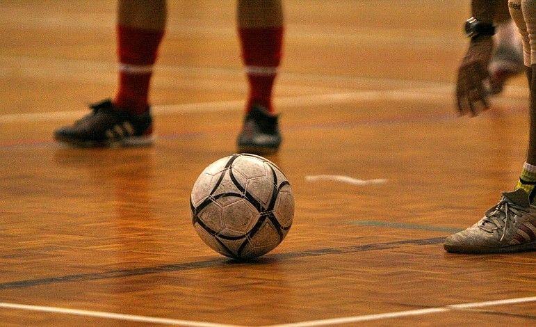 Gyere focizni!