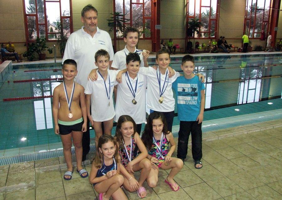 A megyei bajnokságon remekelt az úszóutánpótlás