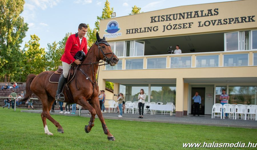 Ifj. Szabó Gábor mindent vitt a Timpex ménes lovaival (galéria)