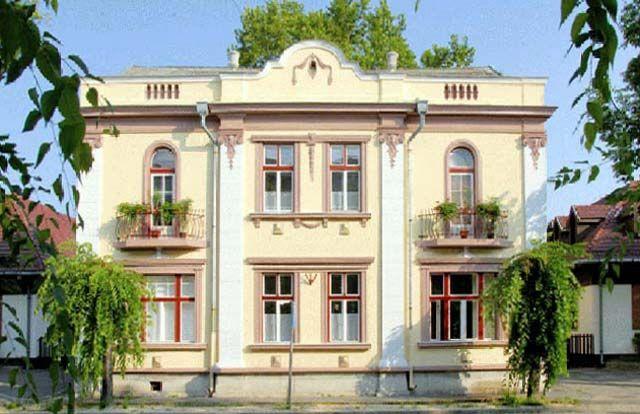 Boróka Házból Berki Galéria