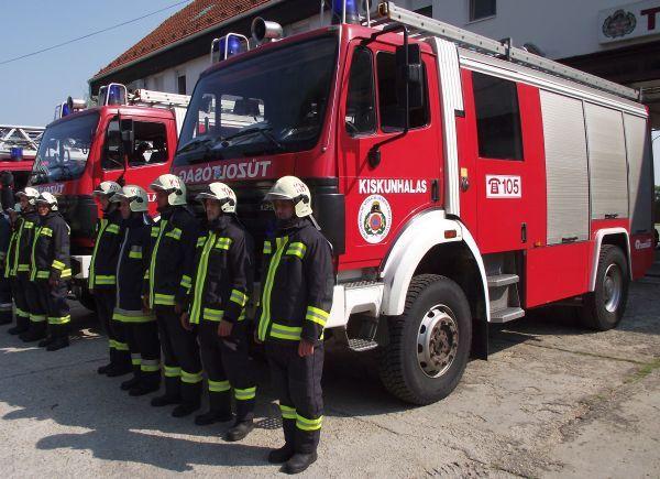 Hősi halott tűzoltókra emlékeztek