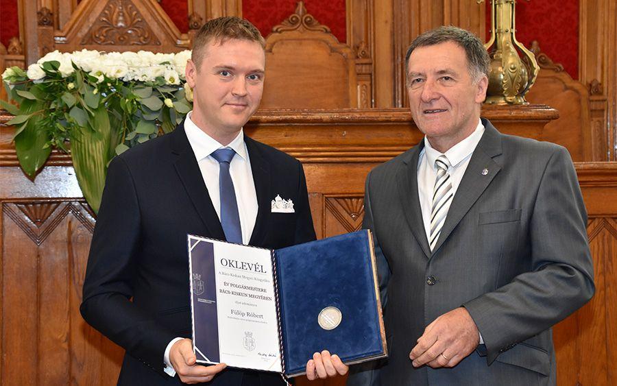 Átvette az év polgármestere díjat  Fülöp Róbert