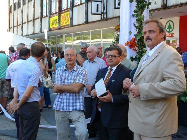 Gyovai István és Bányai Gábor köszöntötte a jelenlévőket