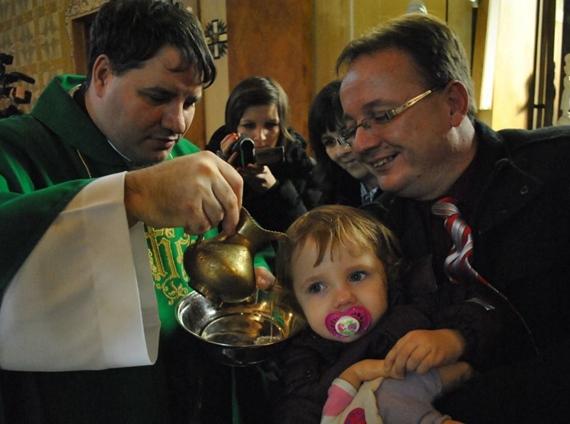 Keresztelő a katolikusoknál