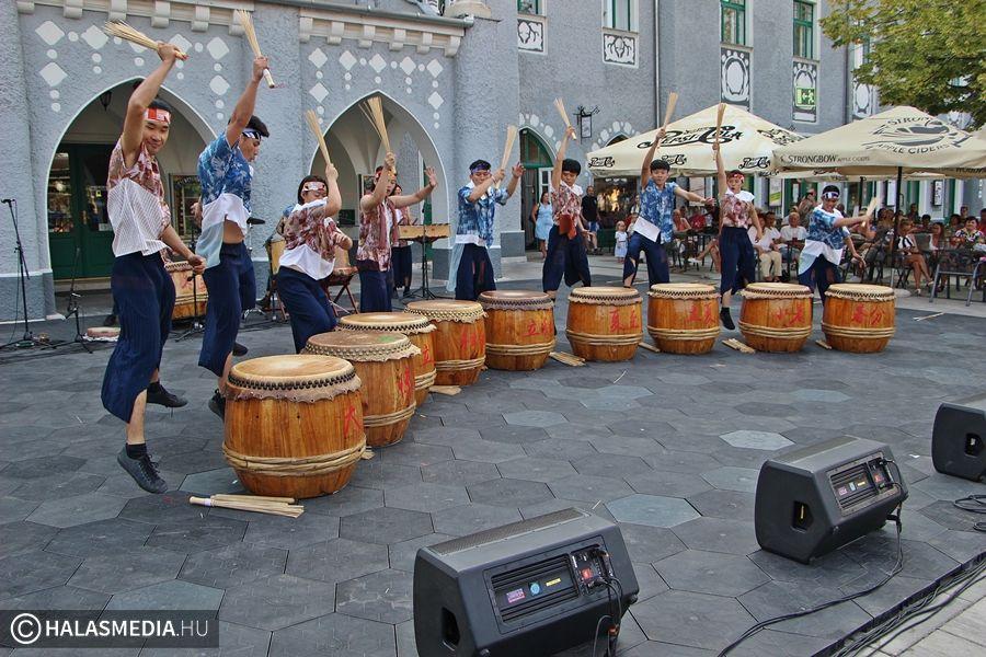 Interetno - nemzetközi tánckavalkád Halason