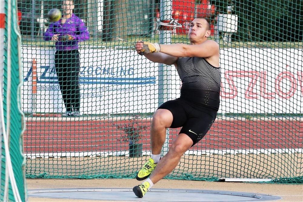 Halász Bence bejutott a VB döntőbe