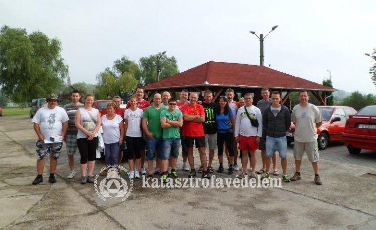 Tűzoltóink körbetekerték a Balatont