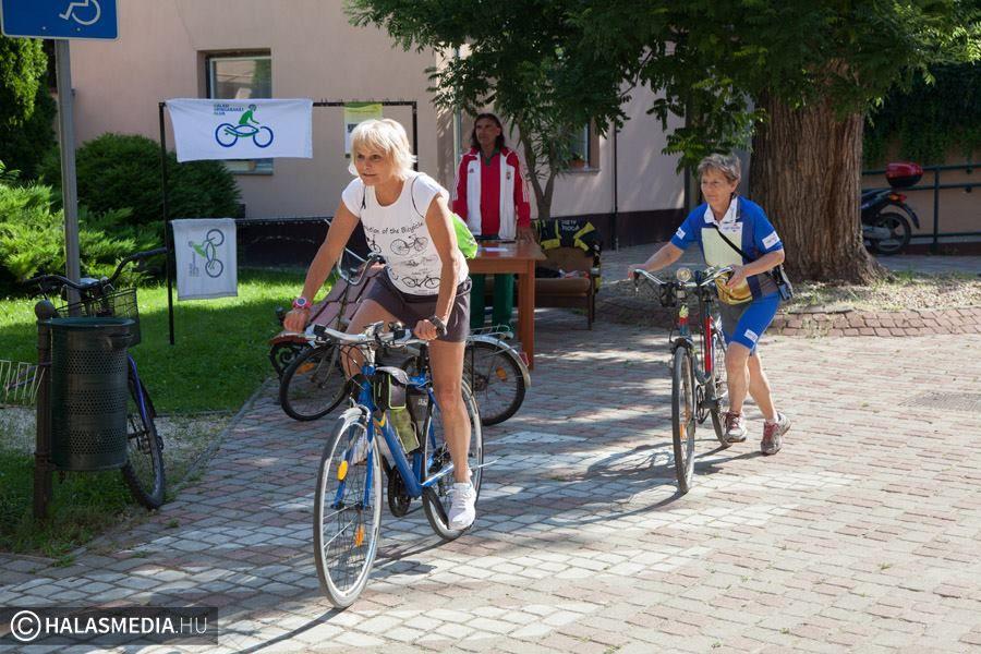 Focikupa és 24 órás kerékpározás a Kihívás Napján