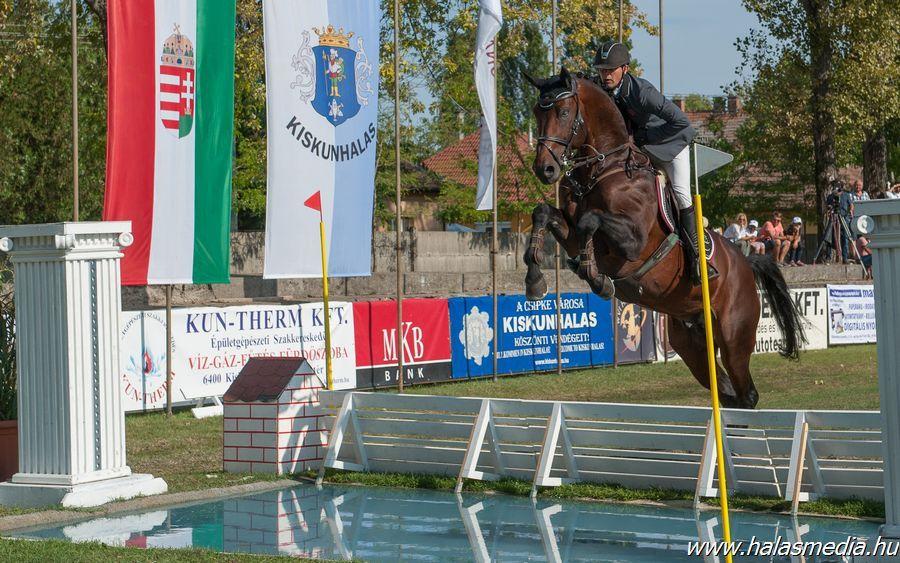 Magyar bajnokok napja a lovasparkban
