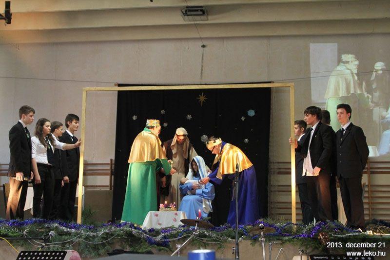 Adventi műsor a Tekóban