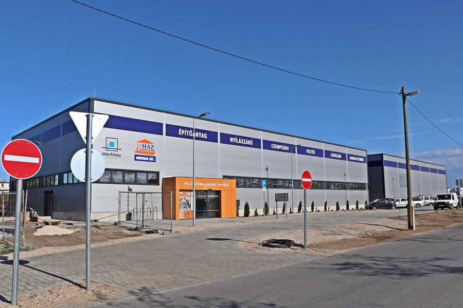 Megnyílt a Merkbau Építőcenter