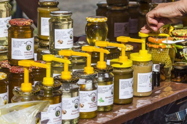 Egyre több mézet eszünk
