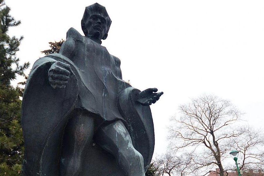 Petőfi szobor – szoros volt a szavazás