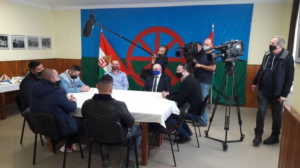 Segítik a vállalkozást indító roma fiatalokat