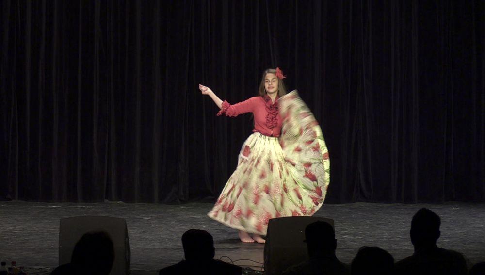 Különdíjas a halasi táncos lány