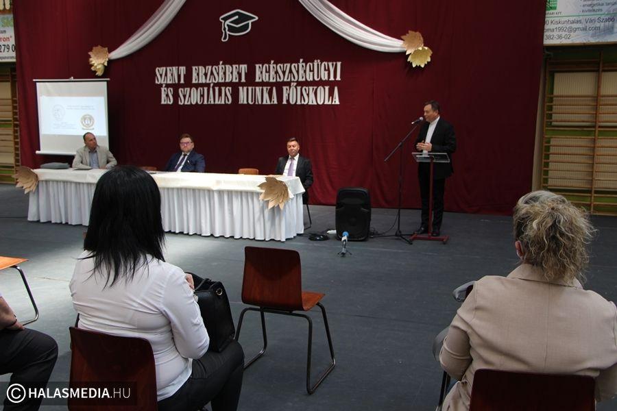 Folytatódik Halason a szociális munka főiskolai képzés – már lehet jelentkezni