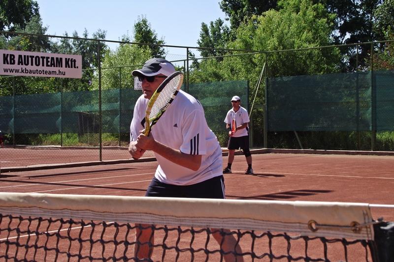 Meglepetés-tenisz, párosoknak