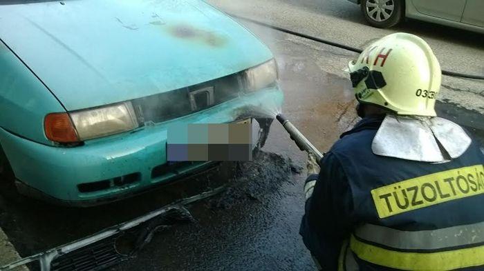 Benzintócsa és autó égett (frissítve)
