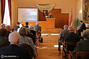 Emlékkonferencia neves előadókkal